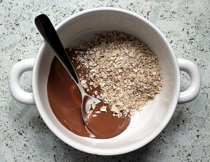 Oat meal and honey image